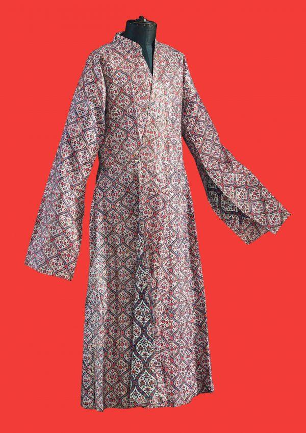 Leibrock (qaba) für Männer Iran, 1875–1895 Baumwolle, bedruckt und getschinzt